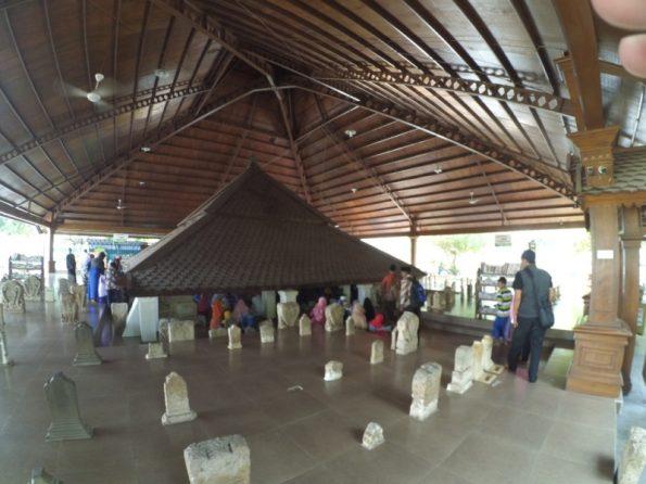 Makam Sunan Bonang di Tuban