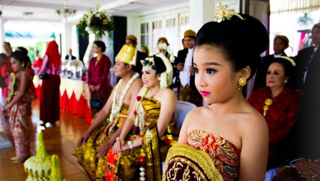 Ilustrasi Pernikahan Adat Jawa