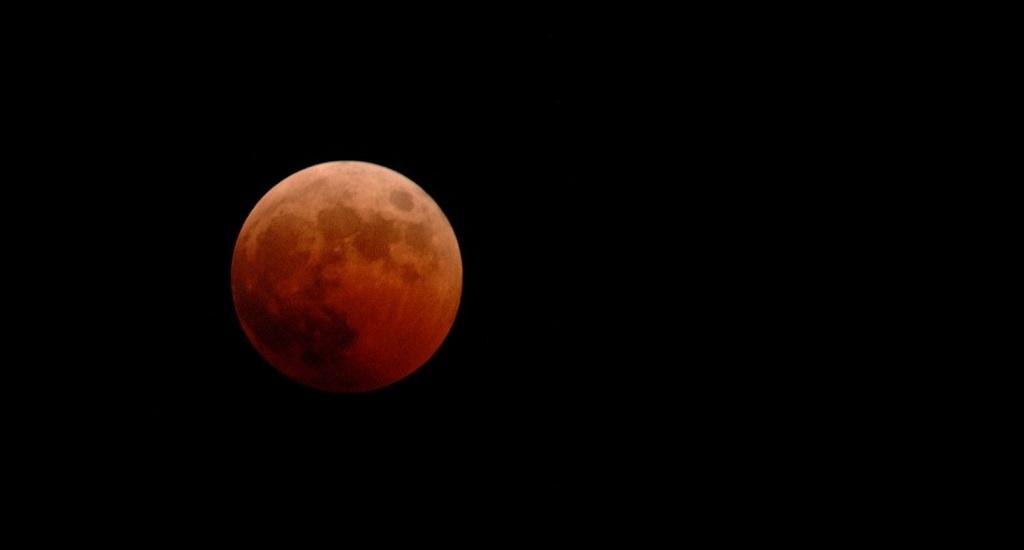 Ilustrasi Gerhana Bulan