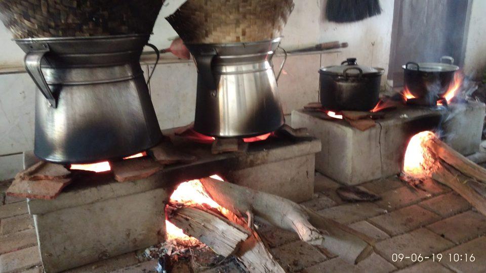 Tradisi Mendarat Khas Tuban yang terus lestari